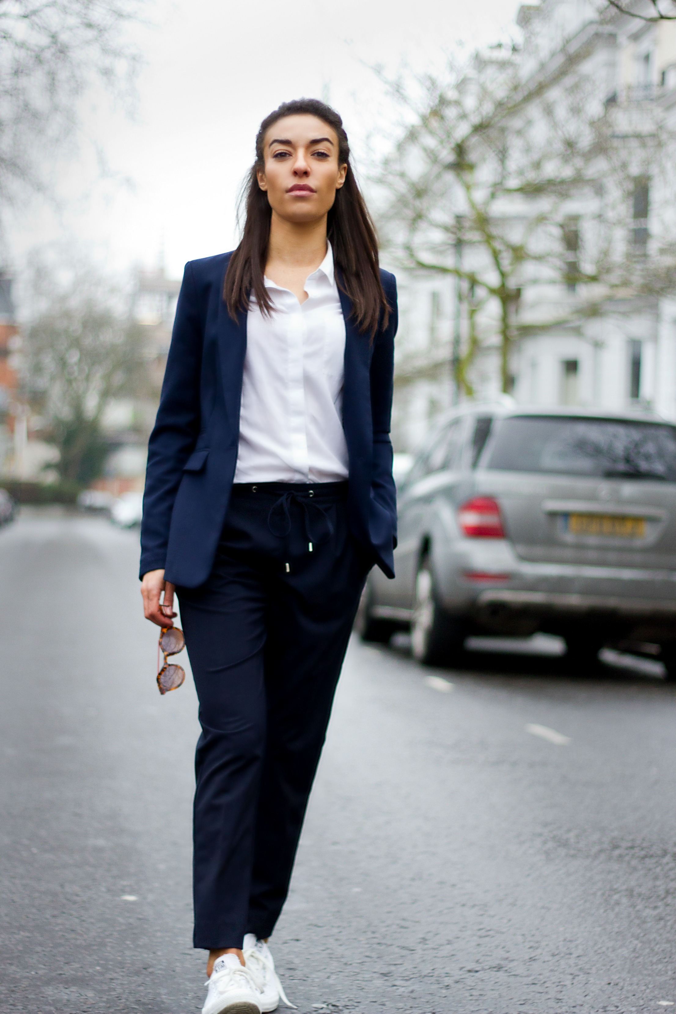 Corporate_Style_Story_Navy_Drawstring_Trousers_White_Shirt-Navy_Blazer_Holding_Sunglasses_In_Road_2212_3318